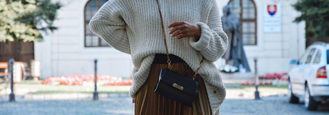 huňatý sveter
