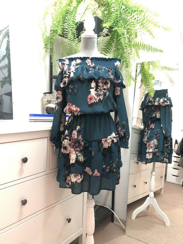 Kvetinové šaty zelené
