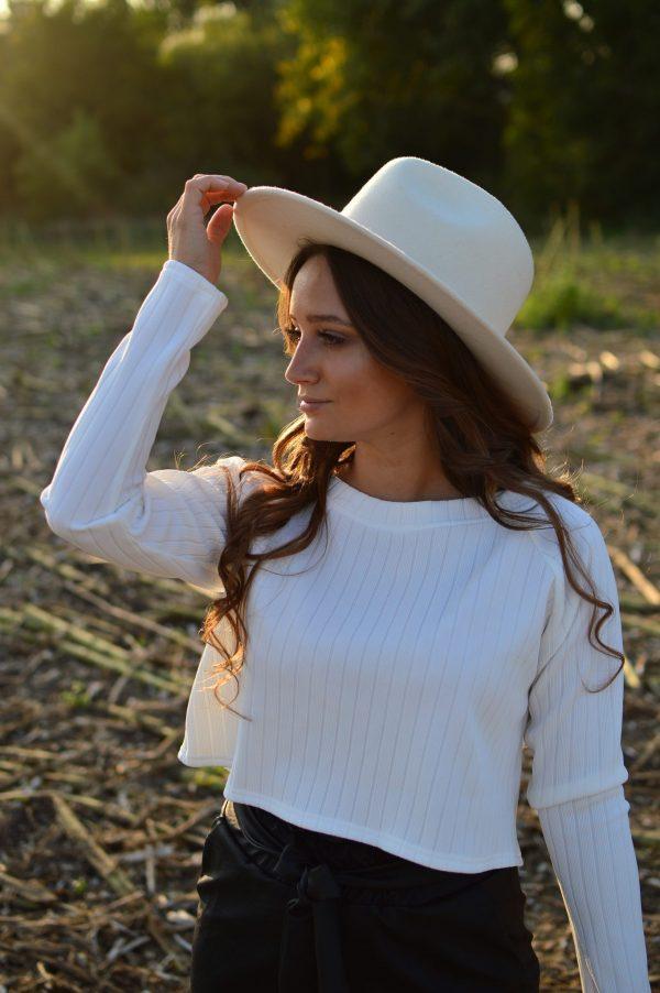 Biely top Viktoria