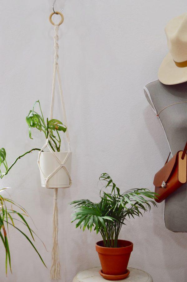 Macramé záves na kvetináč 110 cm Kristína