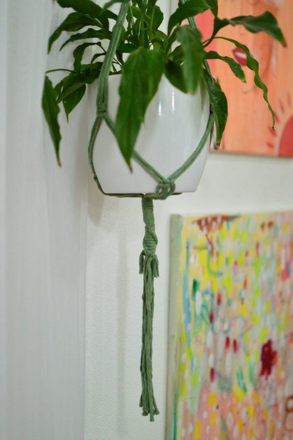 Macramé záves na kvetináč 91 cm Mária